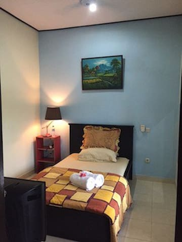 Room in Real Balinese House near Ubud ( DnD House) - Kecamatan Gianyar - Appartement