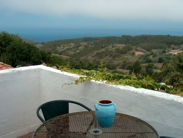 House in Almoçageme w/ fantastic sea view - Colares - House