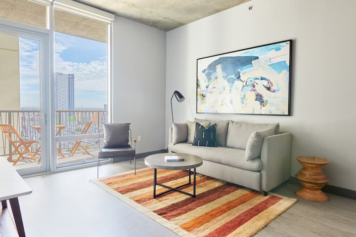 Sonder | Great for Home Office | 2BR + Parking