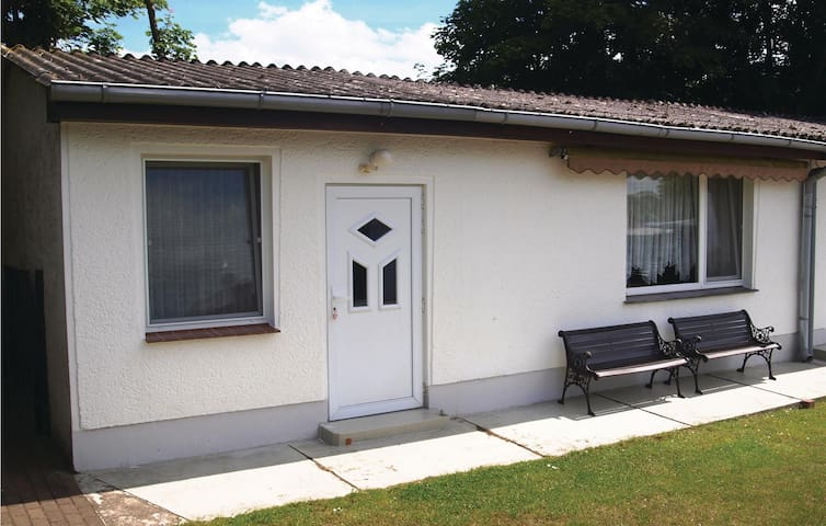 Holiday cottage with 1 bedroom on 40m² in Benz OT Neppermin