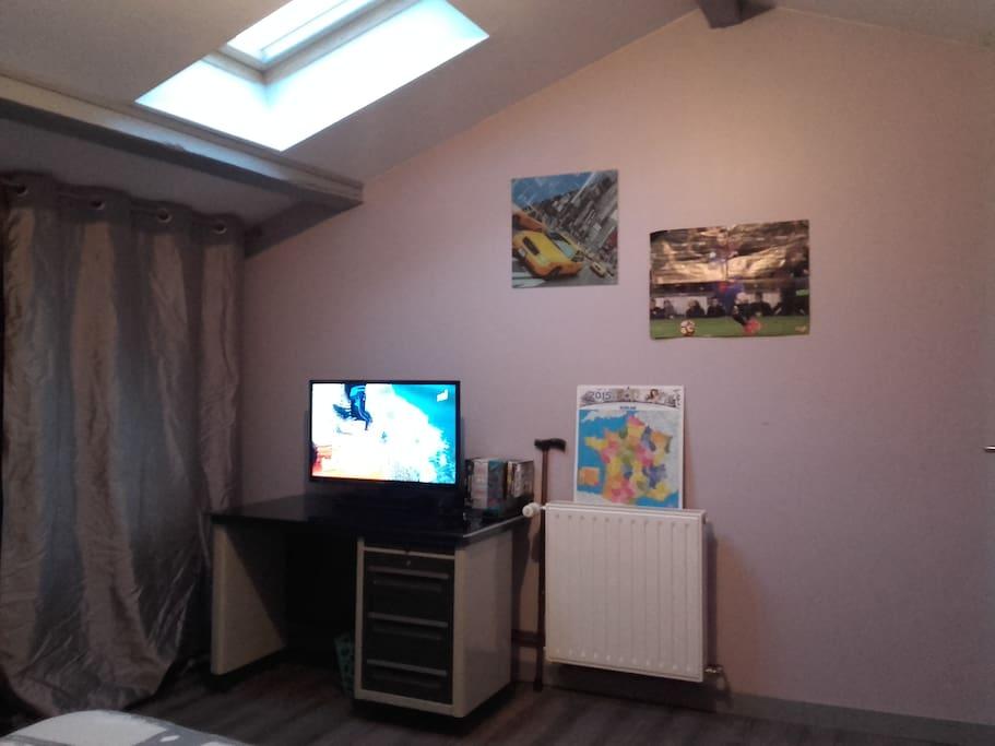 bureau+télévision