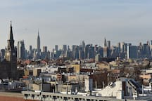 2017 BUILDING, NEW LOFT, 5 MIN SUB TO MANHATAN