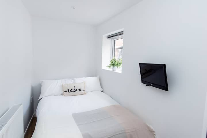 Warm Double Room Bills EXCLUDED v20
