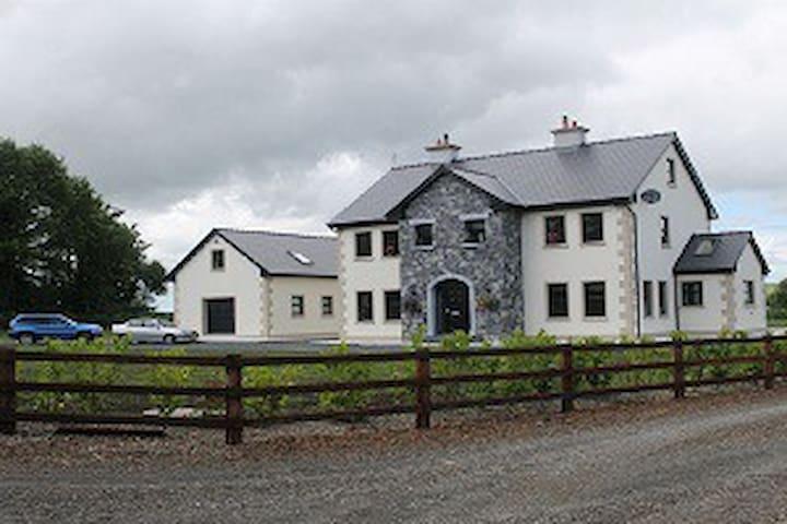 Kildysart Lodge - Kildysart
