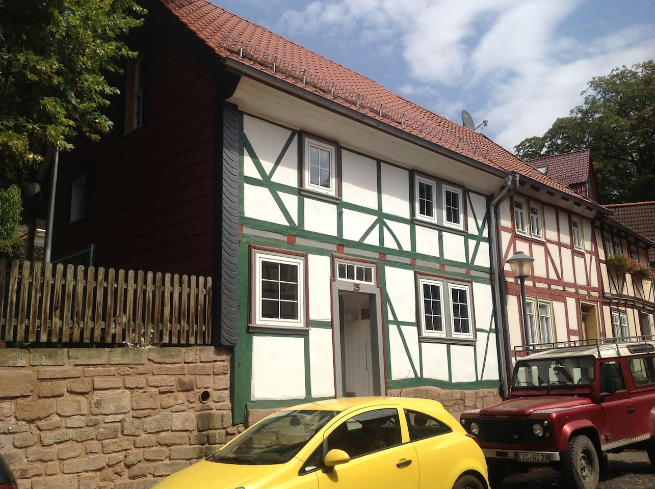 Kleines neu saniertes Fachwerkhaus