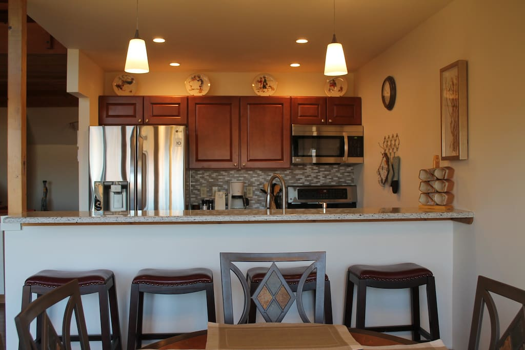 Kitchen with bar stool seating