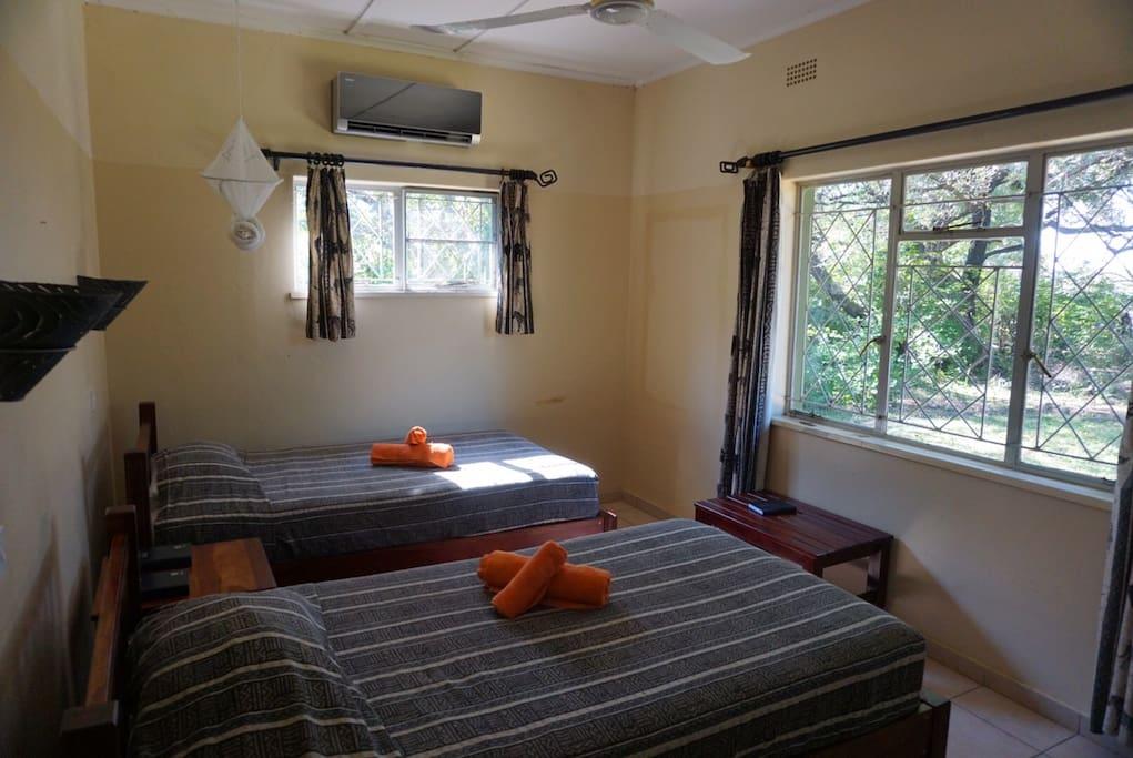 2nd bedroom - twin singles