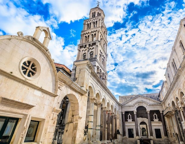 CITY OF SPLIT - SAINT DOMNIUS'S CATHEDRAL AND BELL TOWER (UNESCO HERITAGE)
