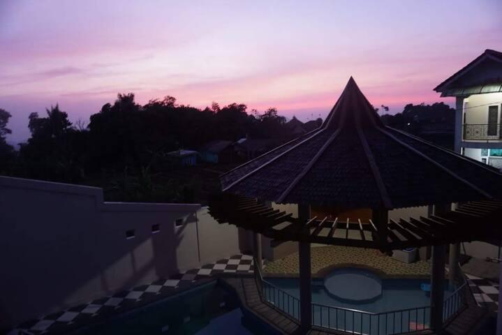 Bukit Villa Cipendawa Family Gathering