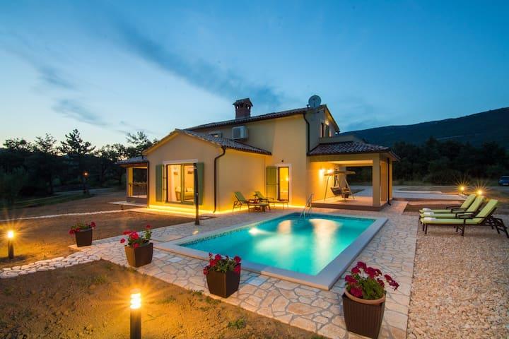 Villa Mare&Monti Istria-Nature park Ucka,Opatija - Boljun - Casa de campo