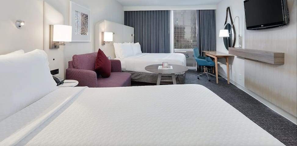 High Rise Room 2 Beds with Amazing view of DFW