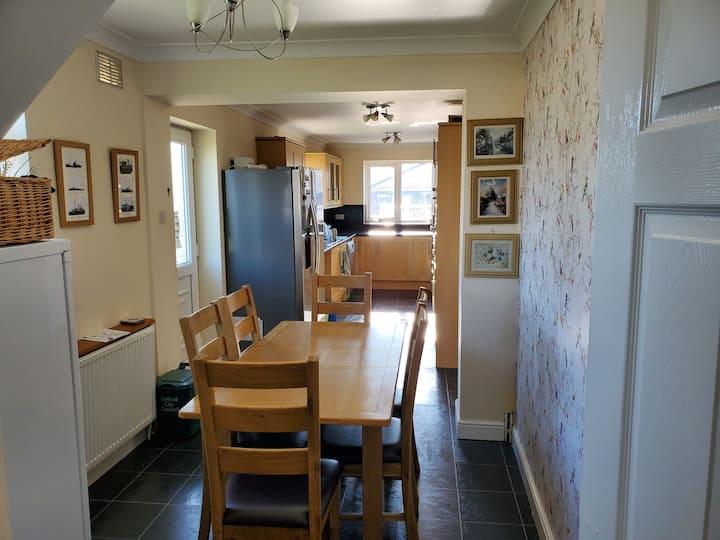 3 Bedrooms in Swinton Home. Great location
