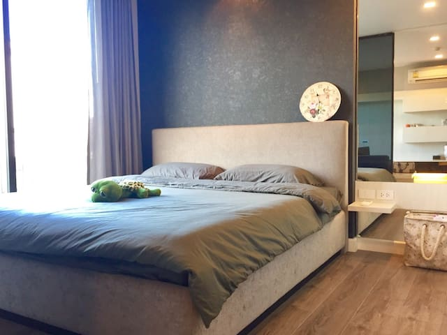 New, large & 5 mins walk to bts - Bangkok - Flat
