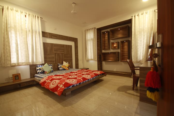 BUDDHA'S ABODE IN HEART OF THE CITY - Bengaluru - Apartment