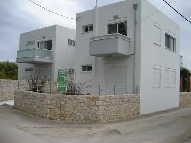 takis gioula apartments