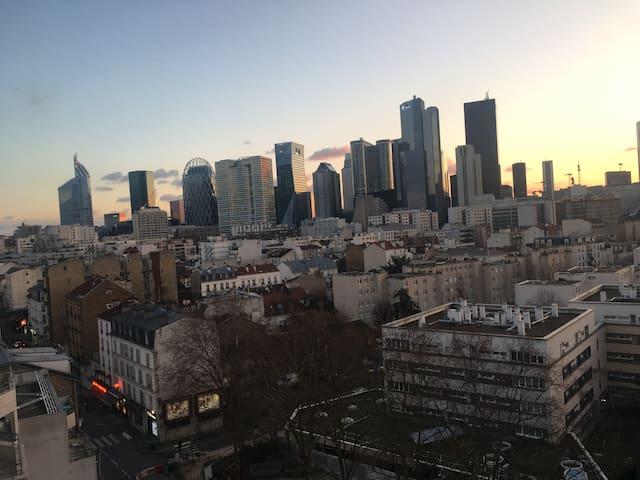Studio à Courbevoie , Défense