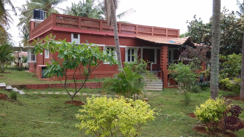 Entire Farm House at Nandhanavana