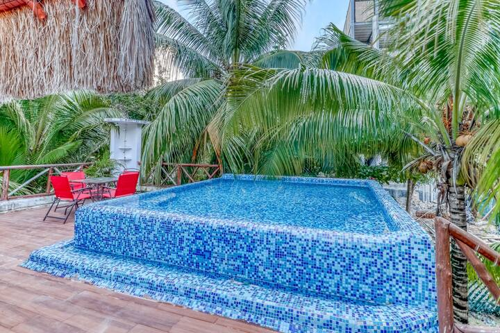 Dog-friendly home w/ private rooftop pool, terrace, AC & WiFi - 500 ft to beach!
