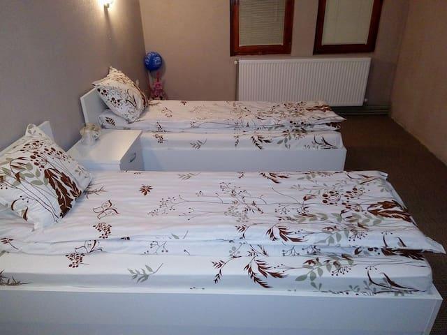"Kafana ""Kaj Zoki"""