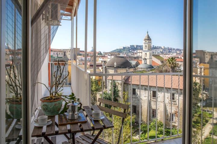 Appartement dans le cœur de Naples plein de soleil