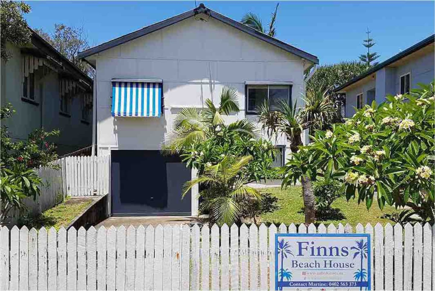 4 bedroom beachside home with direct beach access.