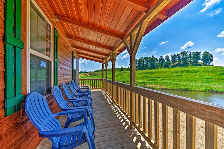 NEW! Scenic Cabin ~2 Mi to Nolin Lake State Park!