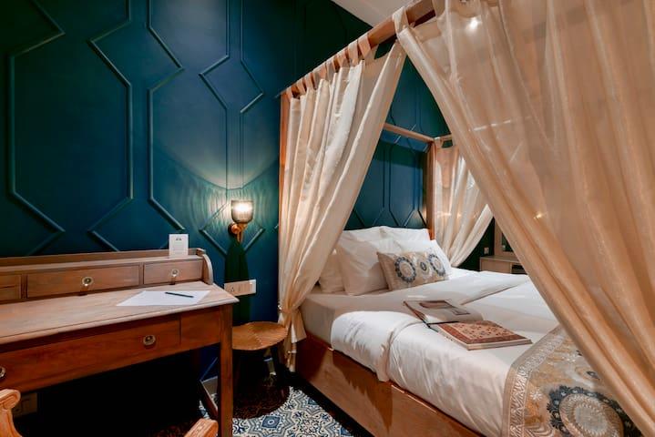 Jaipur Bungalow™, Theme - Wooden Craft Room-1