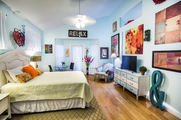 Exclusively Yours - Private Studio Apartment