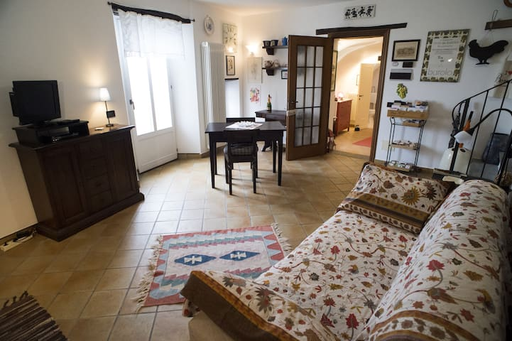 archi del' 400 Apartment, Barolo center - Barolo - Appartement