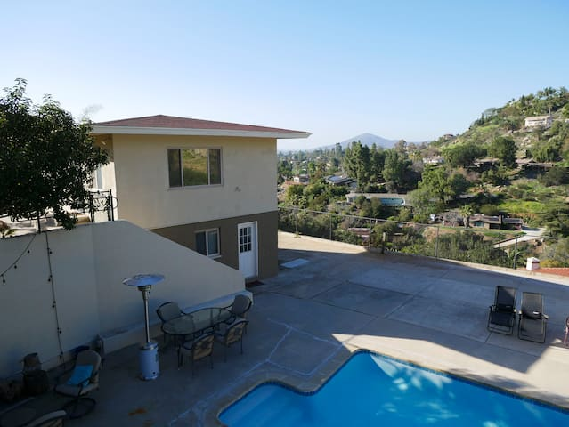 Mount Helix Poolside