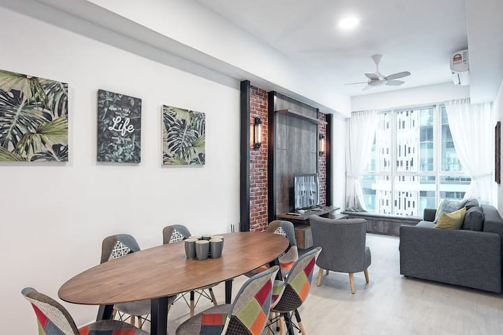 (S5) Luxurious & Modern Apartment @ Sutera Avenues