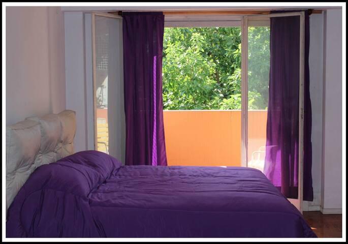 Bright 1-room-apartment in Palermo!