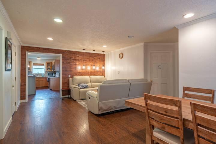 Master Bedroom for Rent (Room C)