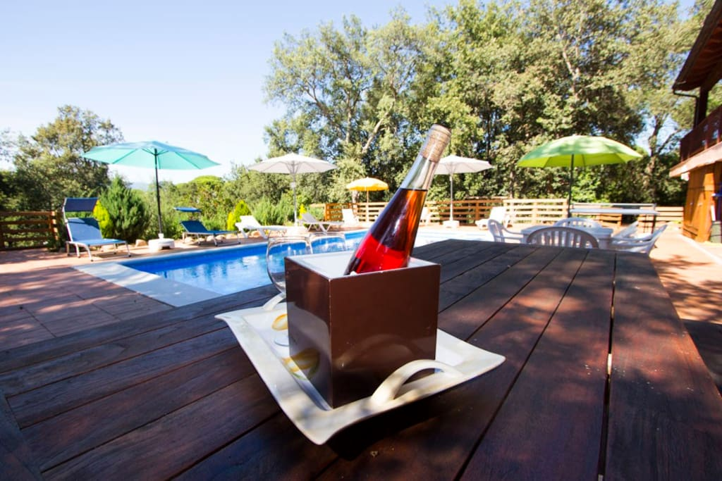 Enjoy cava by the pool