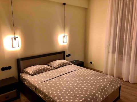 شقة 2 غرف جديدة مركز المدينة ، كبار الشخصيات