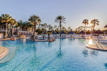 Perdido Key 2-BR @ Purple Parrot Resort w/ 2 Pools
