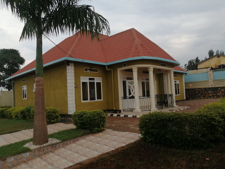 Royale apartment KGL Near Intare conference Arena