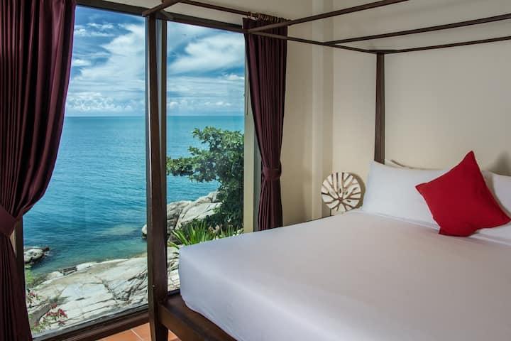 Ocean Front Executive 1 Bedroom villa