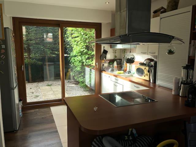 Charmante maison d architecte, proche de Paris - Bois-Colombes - Rumah