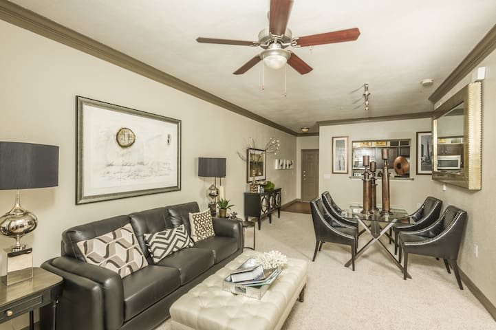 Relax in an apt of your own | 1BR in Houston