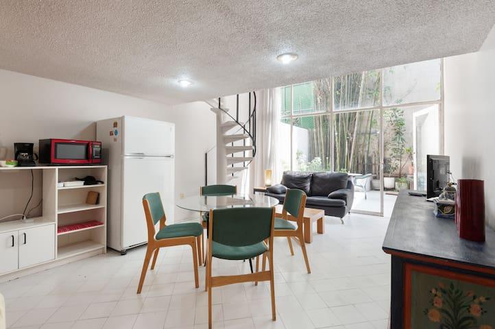 Private Apartment + Patio near Condesa and WTC