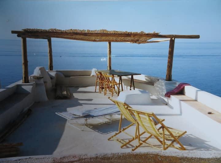 Casa iper-panoramica Malfa sul mare