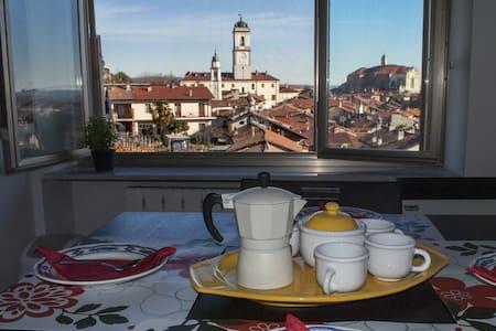 Monolocale con vista panoramica - Strambino - Apartamento