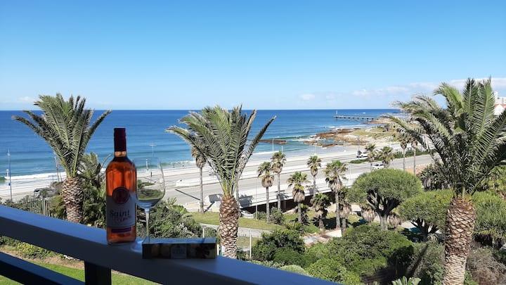 Brookes Hill Suites @ 239 Beachfront
