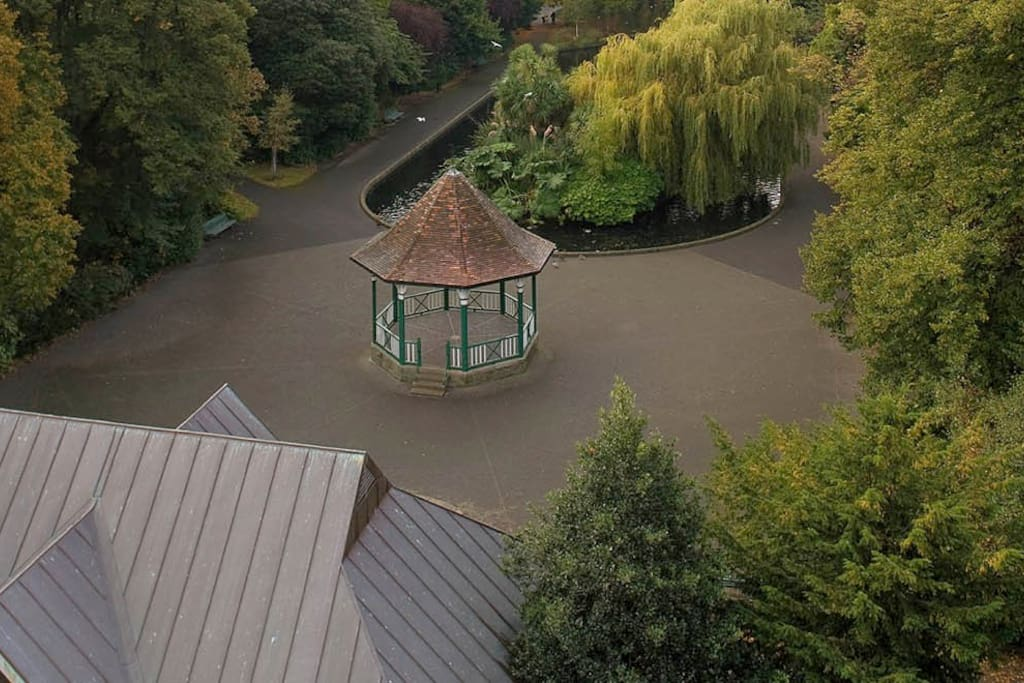 Ariel view of the entrance to the park adjacent to the apartment