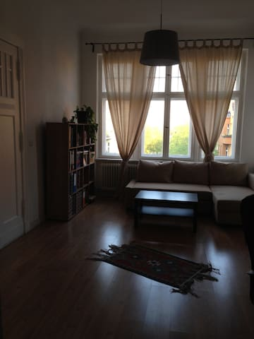 Beautiful and sunny room - Berlin - Wohnung