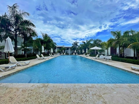 NEW 🏝 Caribbean Style 🌊 Beach Villa 10mins from✈️