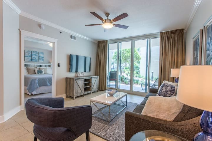 Waterscape A230 ~ Ground Floor 1BR + Bunkroom ~ Steps to the Family Pools!
