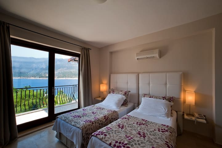 Affordable Luxury right by the sea - Kaş - Casa