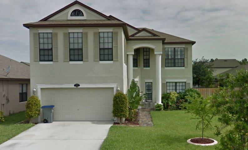 Huge Comfy Luxury Home near Beaches, Disney, KSC - Titusville - Ev